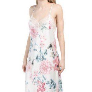 Linea Donnatella White/Purple/Blue Noralee Gown